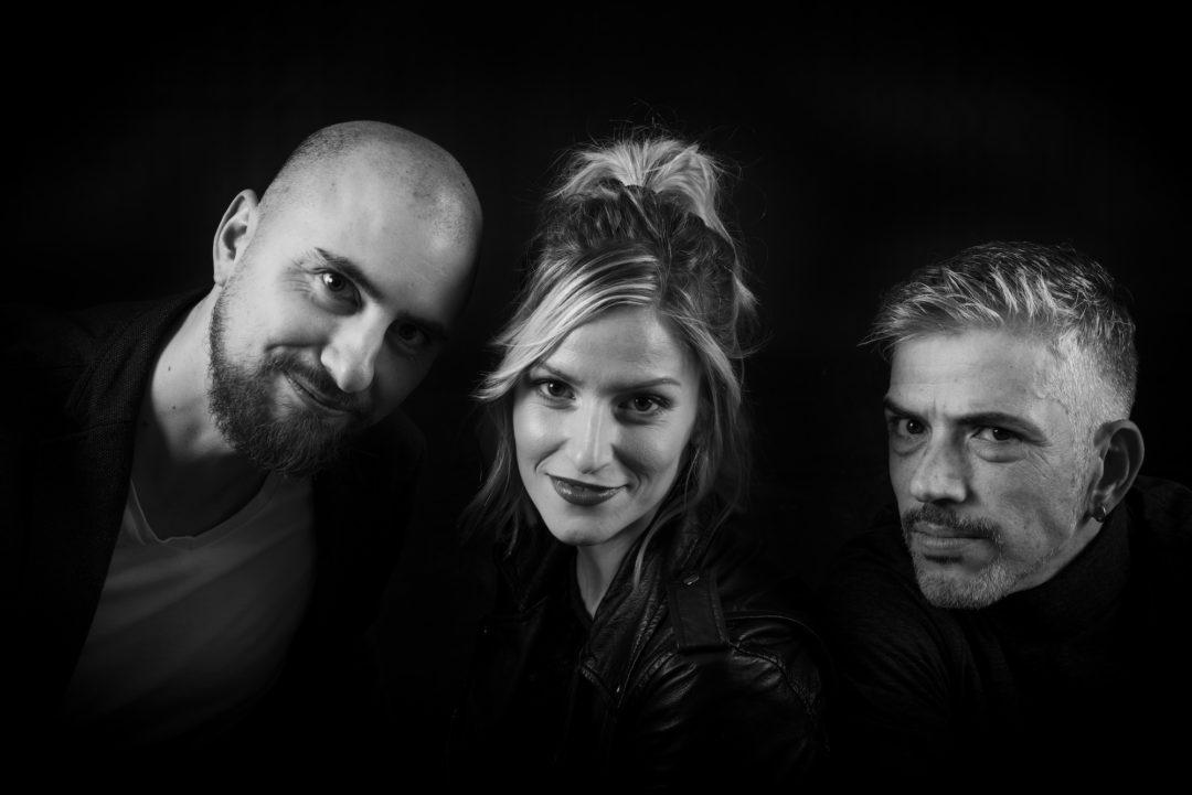 MúsicaEstrenamos 'Grises' el single de Sweet Sonora