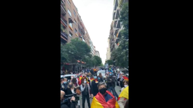 Captura de pantalla de uno de los vídeos de una manifestación difundidos en Twitter