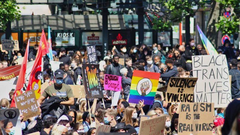 CartaMás de 150 personalidades reclaman su derecho a discrepar